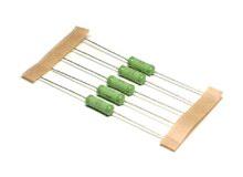 resistor metal oxide 3W(6x16.5) 5% 200ppm 82R
