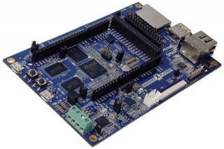 Fast prototyping and evaluation platform for the SAMA5D2 series of microprocessors - Arduino R3 Shield Compatible