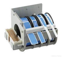 Джоб за поставяне на лепенки и клипсове за съединяване на SMD ленти